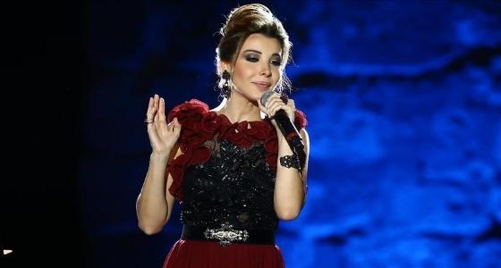 نانسي عجرم تتجاهل «قضية القتل» وتعلن عن حفلها الجديد