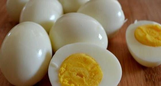 النمر: تناول بيضتين يومياً لا يرفع الكلسترول