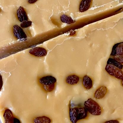 Slab Artisan Fudge - Unwrapped Vegan Rum & Raisin
