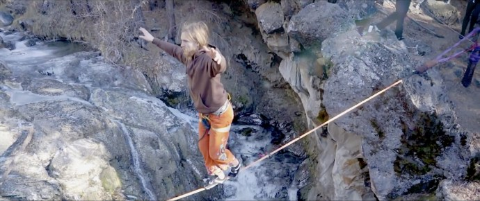 highlining with the yogaslackers in oregon mckay falls lower fishbowl buddy thomas drone video