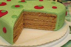 Marcipánové srdce, medová torta, karamelová torta, marcipán, medové pláty, pečeniekaramelová plnka