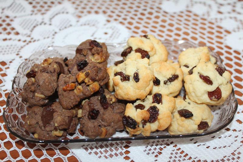 Horolezecké keksy, sušienky, hrozienkové keksy, orieškové keksy, kakaové keksy, jednoduché sušienky, keksy na výlety, sladký život