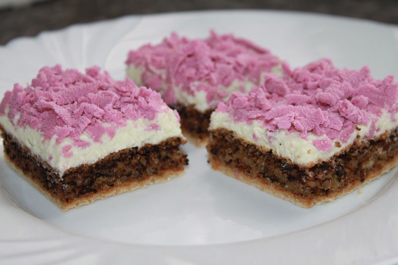 Pistáciový koláč s marcipánom