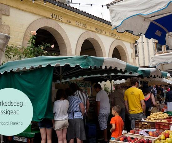Markedsdag i Issigeac, Perigord, Frankrig 2014