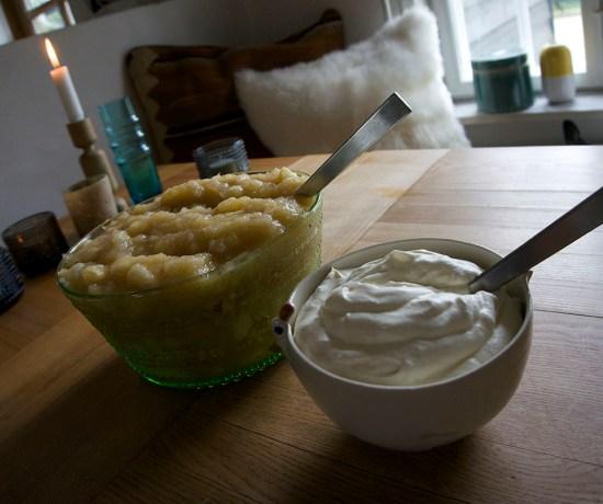 Søndag med æblekage
