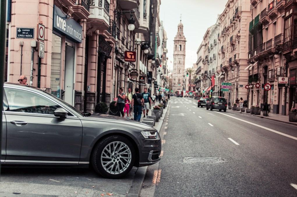 Audi A8 in Valencia - wheelbase