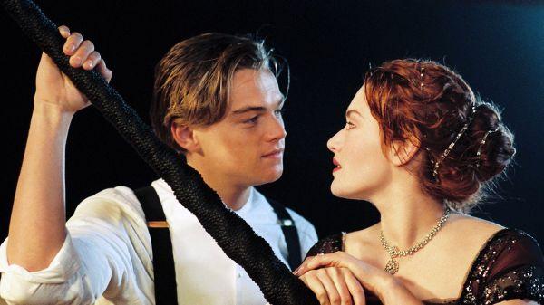 Leonardo DiCaprio & Kate Winslet in Titanic