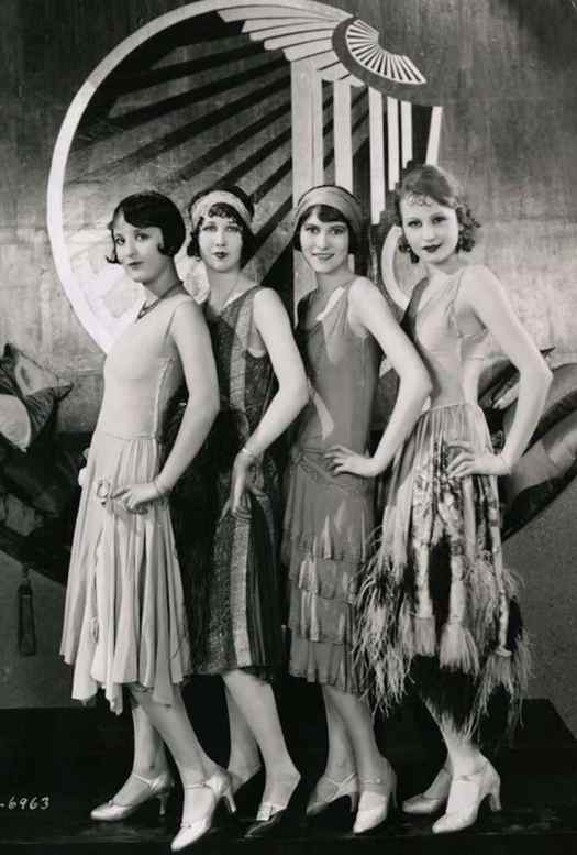 Flapper Girls 1920s