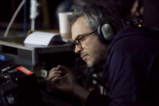 Alfonso Cuaron films Gravity