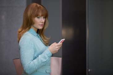 Black Mirror Season 3 Nosedive - Bryce Dallas Howard 1