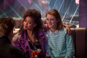 Black Mirror Season 3 San Junipero - Gugu Mbatha-Raw and Mackenzie Davis