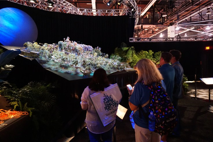 Avatar Land display at D23 Expo 2015