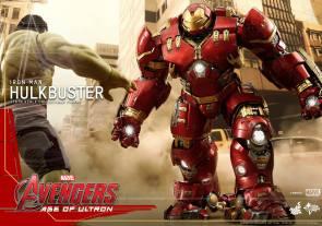 Hot Toys Avengers Hulkbuster 1