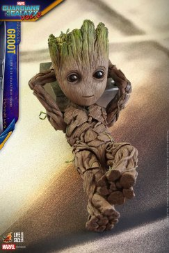 Hot Toys - GOTG2 - Groot Life Size Collectible Figure_PR6
