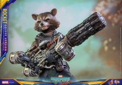 Hot Toys Guardians of the Galaxy Vol 2. Rocket Rand Groot Figure