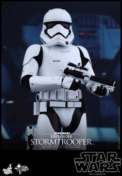 Hot Toys - Star Wars - The Force Awakens - First Order Stormtrooper Collectible Figure_PR4