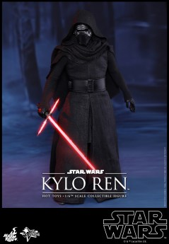 Hot Toys - Star Wars - The Force Awakens - Kylo Ren Collectible Figure_PR2