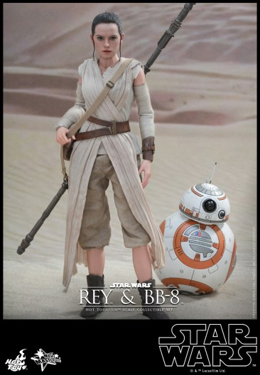 Hot Toys - Star Wars - The Force Awakens - Rey & BB-8 Collectible Set_PR1