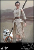 Hot Toys - Star Wars - The Force Awakens - Rey & BB-8 Collectible Set_PR3