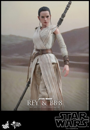 Hot Toys - Star Wars - The Force Awakens - Rey & BB-8 Collectible Set_PR8