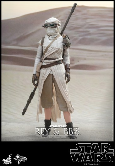 Hot Toys - Star Wars - The Force Awakens - Rey & BB-8 Collectible Set_PR9