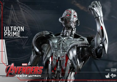 Hot Toys Ultron 9