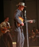 I Saw the Light - Tom Hiddleston as Hank Williams (2)