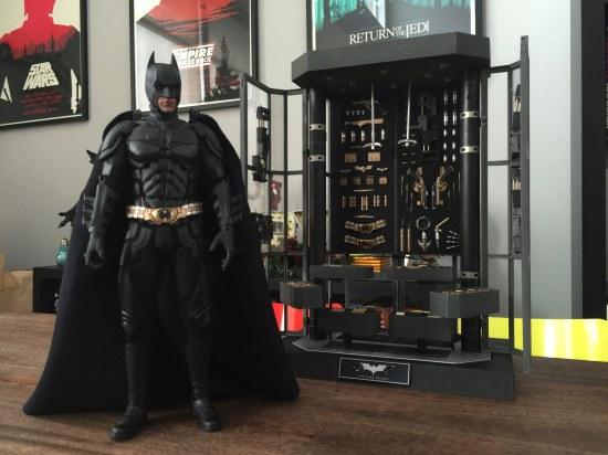 Hot Toys The Dark Knight Batman Armory Sixth Scale Figure Set