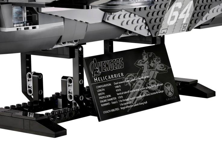 Lego Avengers Helicarrier 10