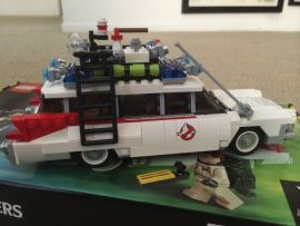 Lego Ghostbusters Ecto-1 6