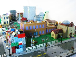 Lego Simpsons Springfield 6