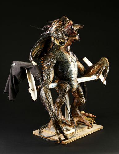 Rick Baker - 38979_Gremlins_2_Mohawk_Puppet_Detached_Legs_3