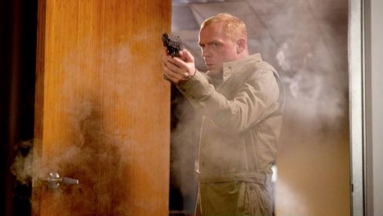 Simon Pegg gun