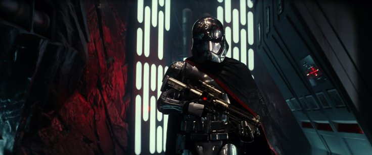 Star Wars The Force Awakens captain phasma 4