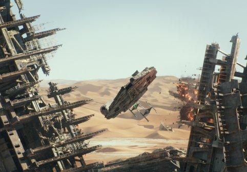 Star Wars The Force Awakens milennium falcon