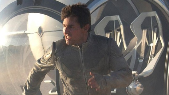Tom Cruise in Joseph Kosinski's Oblivion