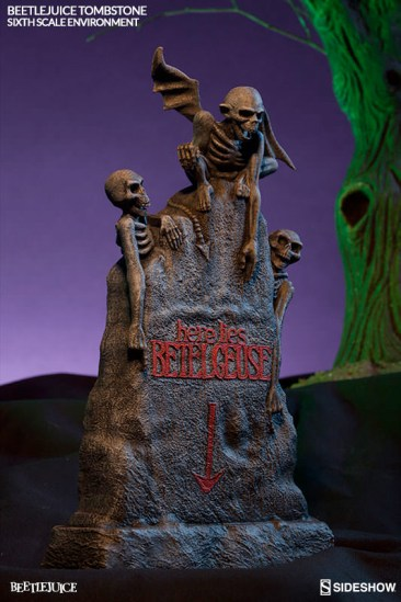 beetllejuice-sideshow-gravestone1