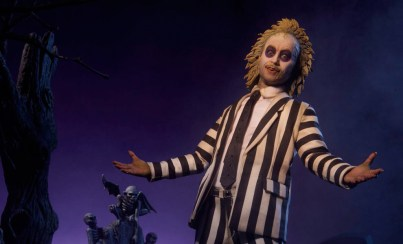 beetllejuice-sideshow-photo1