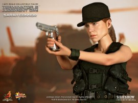 Hot Toys Sarah Connor Figure