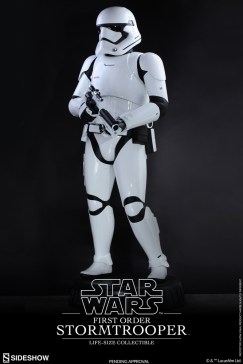 life size stormtrooper 3