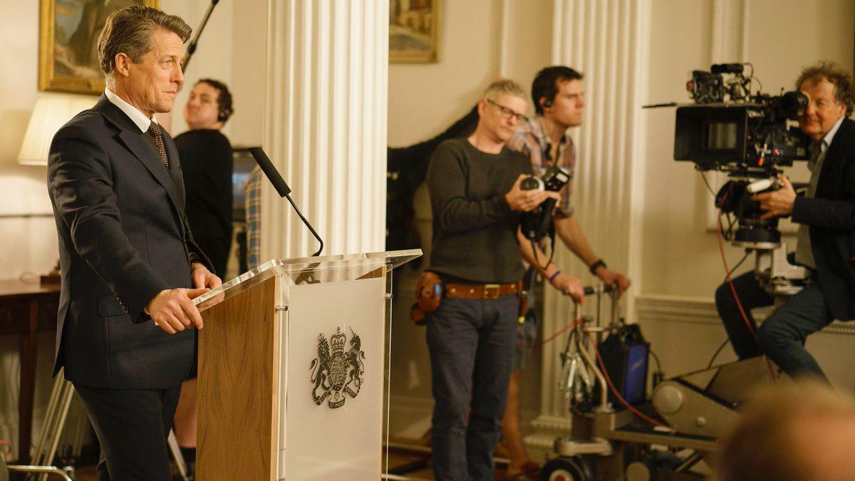 Love Actually 2: Primeras imágenes de Hugh Grant, Liam