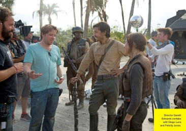 Rogue One: A Star Wars Story - Empire Photo - Gareth Edwards Directing Rogue One