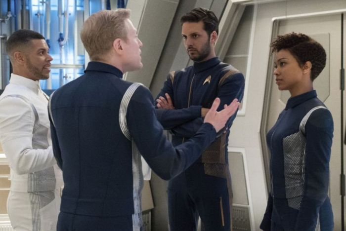 star trek discovery Magic to Make the Sanest Person Go Mad review 3