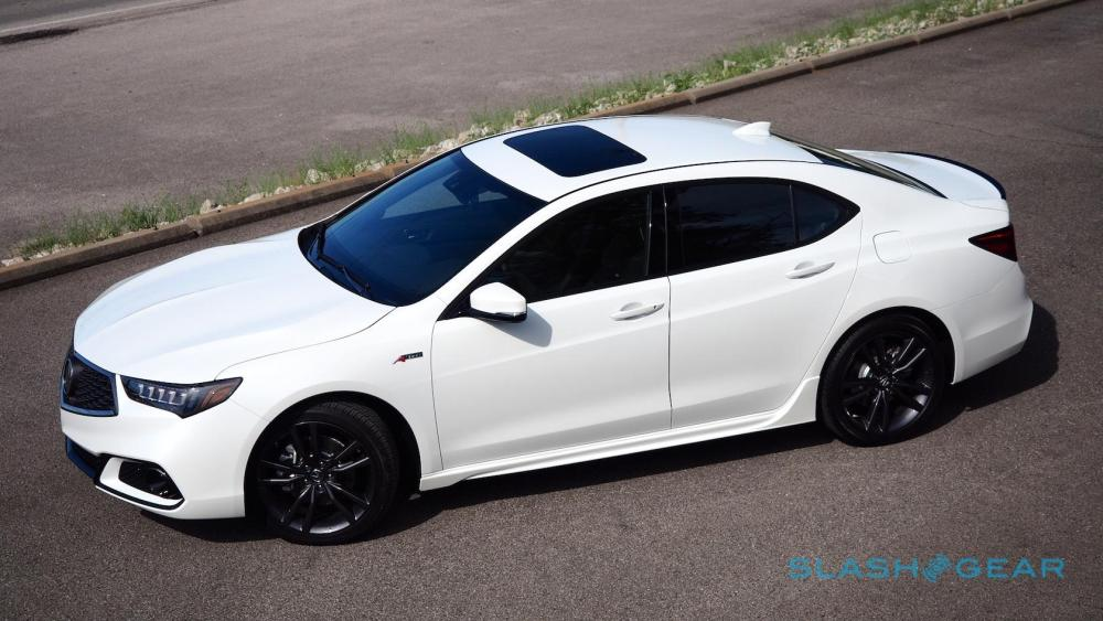 medium resolution of acurawatch the company s suite of active safety tech is also standard across the 2018 tlx range