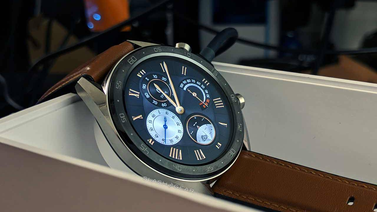 Huawei Watch GT hits USA for $200 with top-battery release - SlashGear