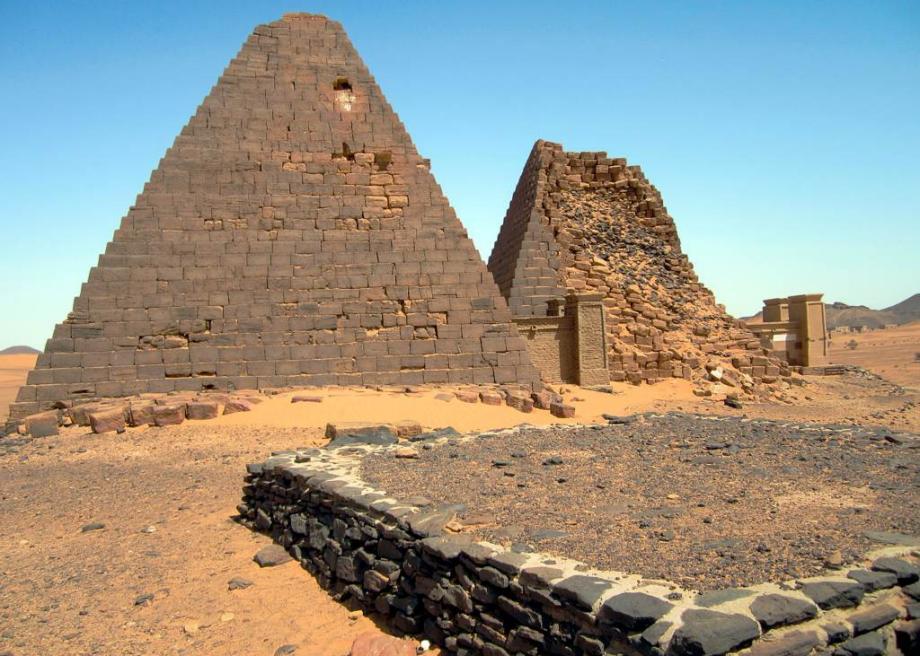 תוצאת תמונה עבור african pyramids