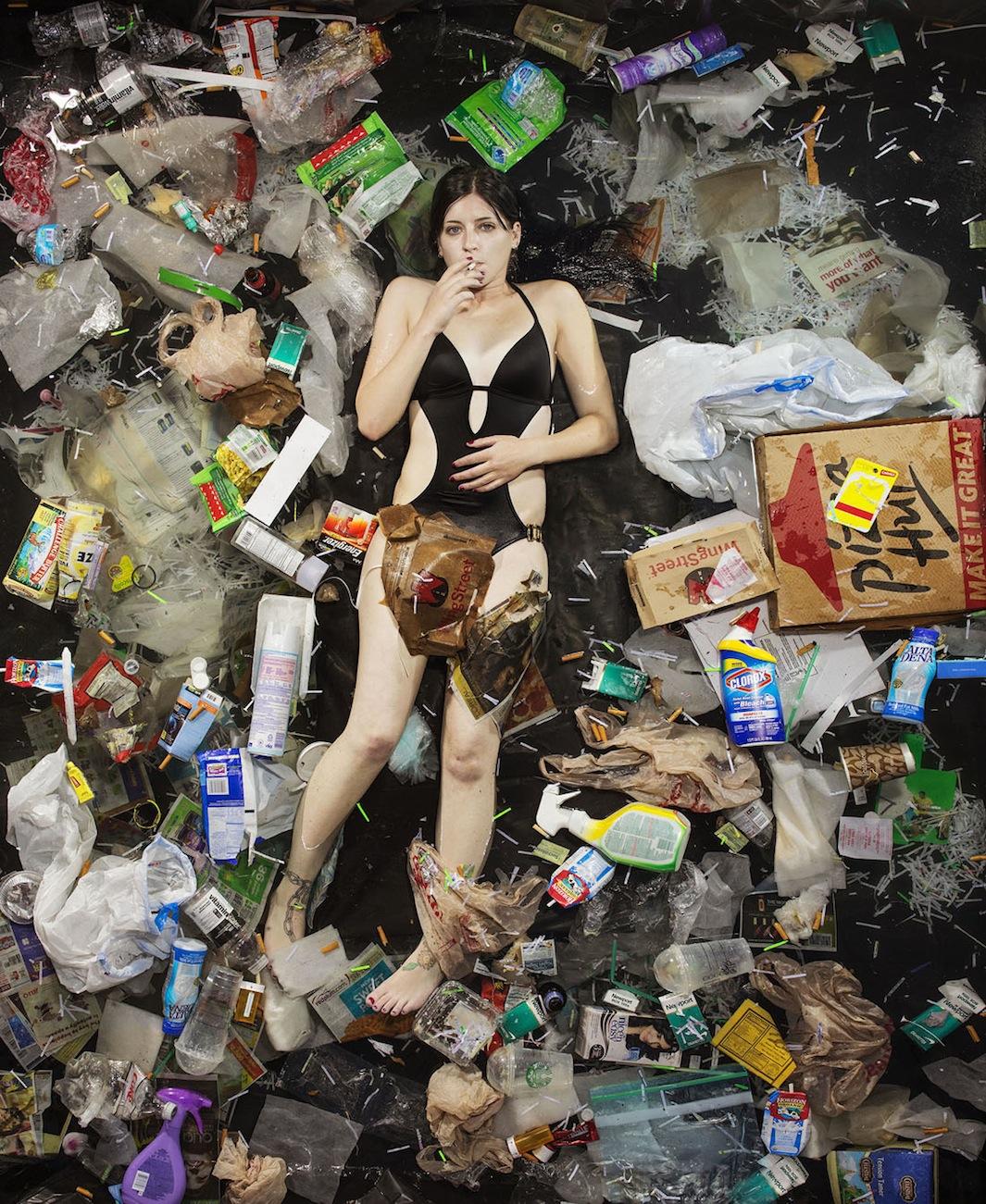 1_7 Days of Garbage 57663