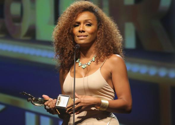 Janet Mock Critiques Trans Interview Tactics On Alicia