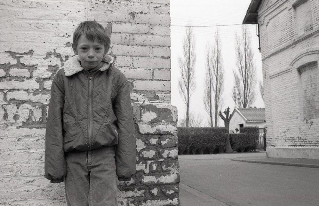 Valenciennes, 1989| Quand Marie-Paule Nègre a commencé à photographier des Français pauvres, dans les années 1980, elle avait intitulé son travailContesdes temps modernes ou laMisère ordinaire.Mais la presse parlait de«la nouvelle pauvreté».