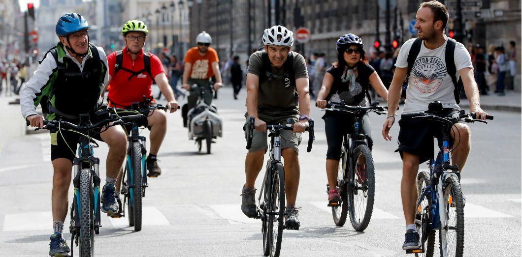 Des cyclistes le 16 septembre 2018 à Paris. |François Guillot / AFP